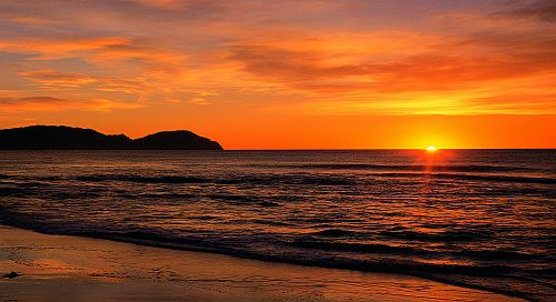 Sunrise-Wainui-Beach